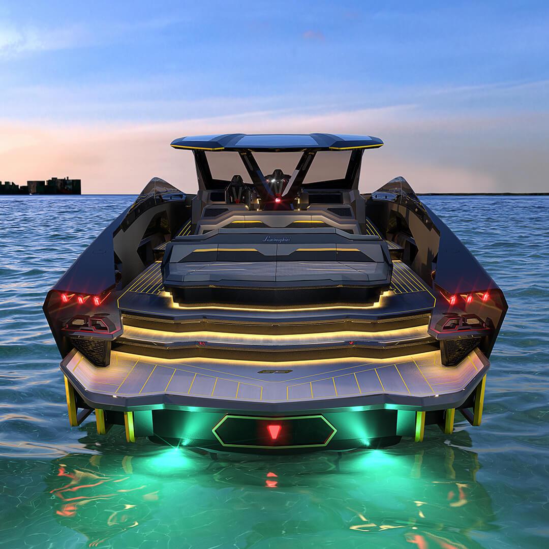 yacht lamborghini vue arriere